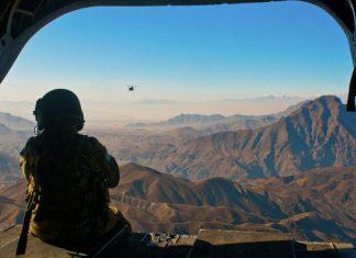Hubschrauber über dem Hindukusch.