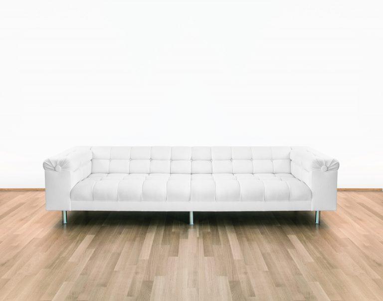 Das Sofa des Bundeskanzlers ist ein Möbel mit Geschichten von Bonn nach Venedig bis hin zur Architektur-Biennale