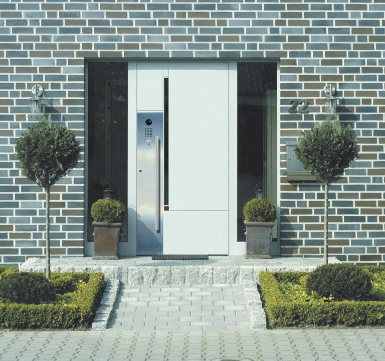 Die Haustüre ist die Visitenkarte des Hauses und muss sicher sein