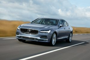 Location Front Quarter Volvo S90 Mussel Blue © Volvo