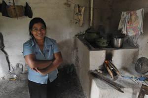 Doña Edmunda in der Küche. © Foto: Knut Hildebrandt, 2014