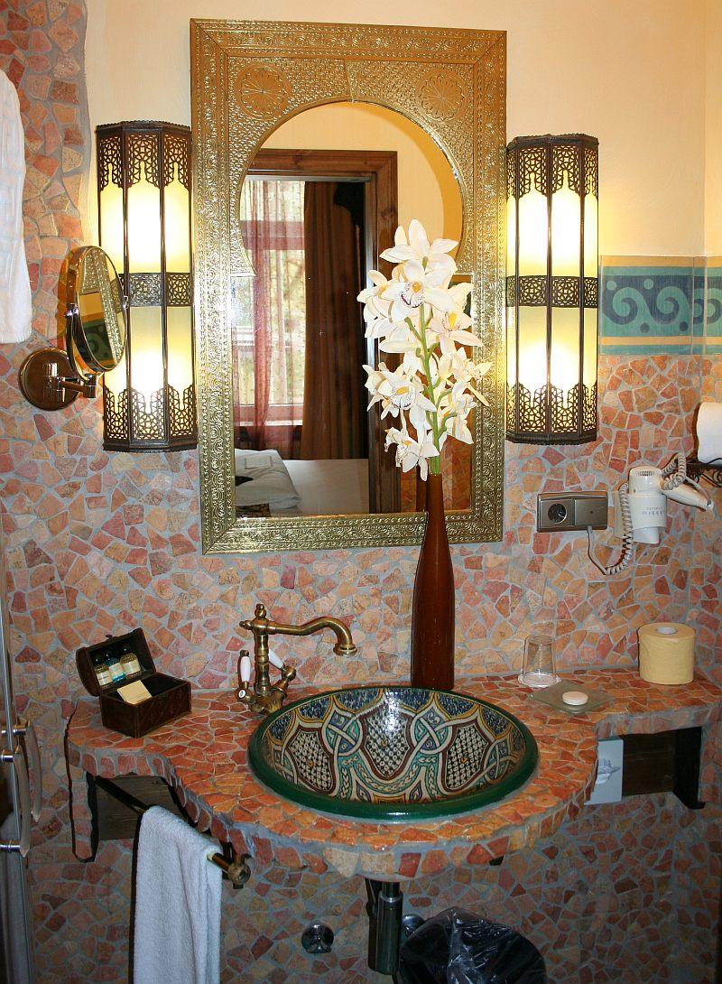 der orient f ngt beim gutleutviertel in frankfurt an ber das boutique hotel villa oriental. Black Bedroom Furniture Sets. Home Design Ideas