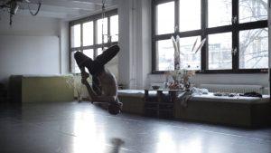 "Szene aus ""Violently Happy"". © luethje schneider hoerl - FILM"