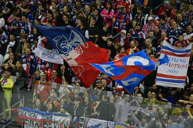 Fans der Eisbären Berlin.