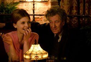 "Szene mit Clémence Poésy und Geoffrey Rush in ""Final Portrait"". © Parisa Taghizadeh"