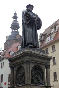 Das Lutherdenkmal in Eisleben. © 2017, Foto: Bernd Kregel