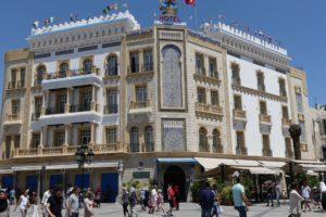 Hausfassade am Eingang zur Medina von Tunis. © 2017, Foto/BU: Dr. Bernd Kregel