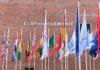 Elbphilharmonie mit den Fahnen der G20.