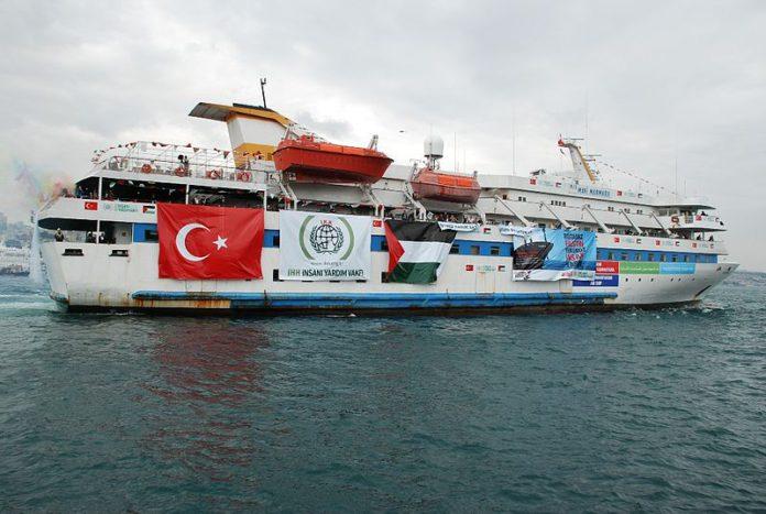 Die Mavi Marmara 2010 auf dem Weg nach Gaza.