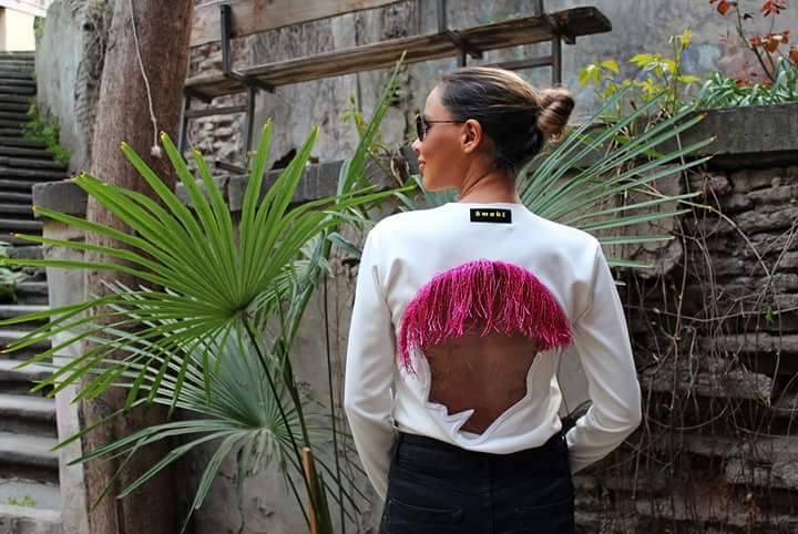 Maia Siradze aus Tiflis stellt bunte, schrille und verrückte Kreationen in Ekunas Kitchen in Berlin aus