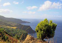 Mitten im Atlantik: die Azoren und die Insel Terceira.