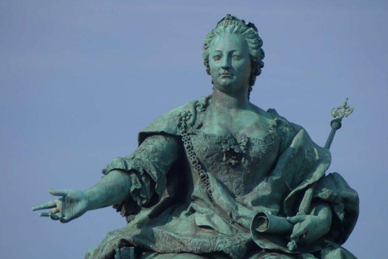 Glücksfall an der Donau: Maria Theresia –Wien mit Blumenstrauß zum Jahrhundertjubiläum