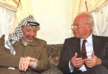 Jassir Arafat und Jitzchak Rabin.