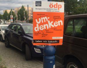 Wagen und Werbung in Vauban.