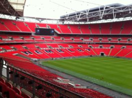 Wembley, ein Stadion in London.
