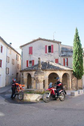 Mollans-sur-Ouvèze im Département Drôme.