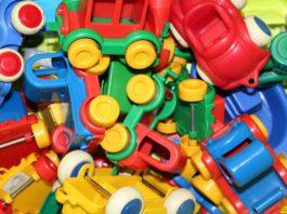 Für Kinder dürfen die Autos zum Spielen noch bunt sein.