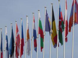 Flaggen von EU-Staaten.