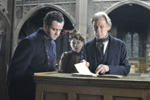 "Bild Bill Nighy, Daniel Mays und María Valverd in dem Film ""The Limehouse Golem"". © Copyright 2016 Number 9 Films (Limehouse) Limited / Nick Wall"