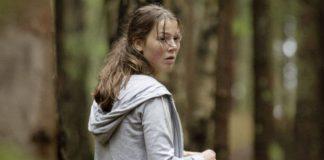 "Andrea Berntzen in einer Szene des Films ""Utøya 22. juli | U – July 22"" von Regisseur Erik Poppe."