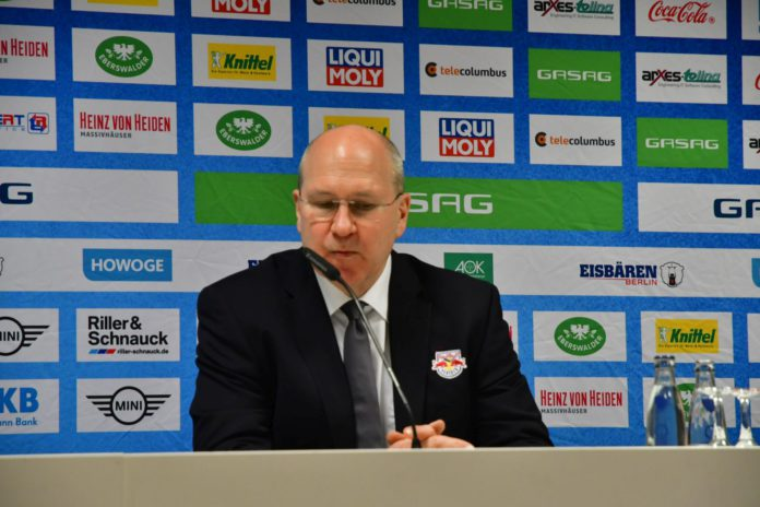 Meistertrainer Don Jackson vom EHC Red Bull München.