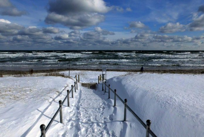 Rügen ist eine deutsche Insel in der Ostsee.