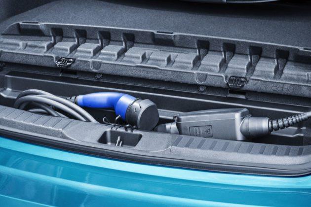 Der Toyota Prius Plug-in Hybrid 2017.