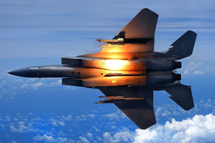 Kampfjet.