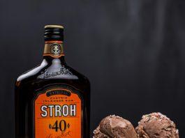 Eis mit Rum von Stroh.