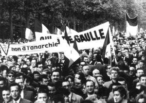Inge Werth: Demonstration gegen die Regierung von Charles de Gaulles, Paris, 24. Mai 1968.