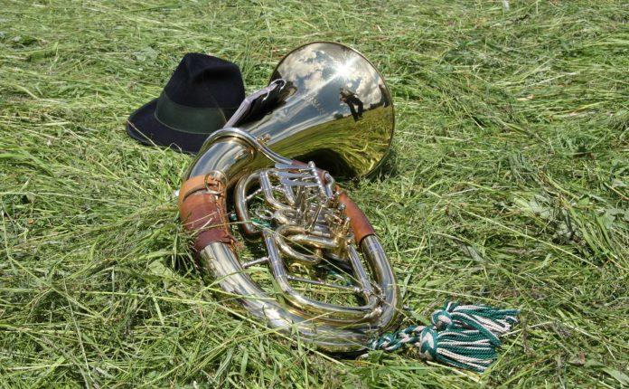 Horn und Hut.