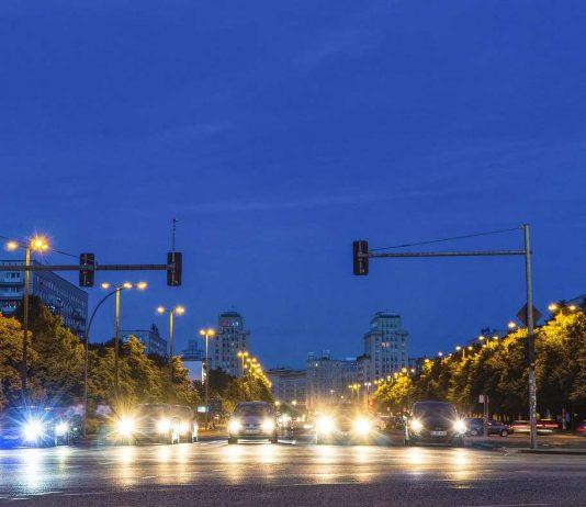 Autoverkehr in Berlin.