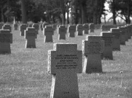 Ein deutscher Soldatenfriedhof.