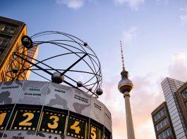Berlin in ein Dutzend Bildern.
