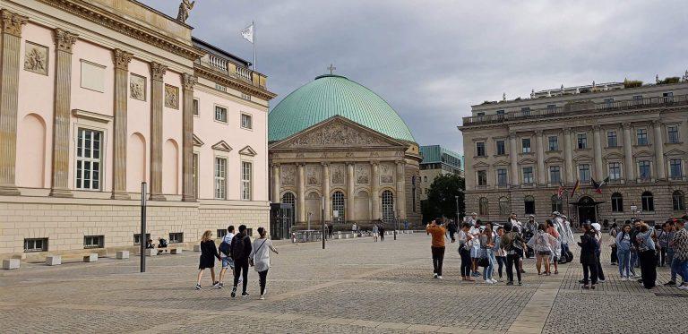 Zum 13. Mal auf dem Berliner Bebelplatz ein Freiluftkonzert oder Staatsoper für alle