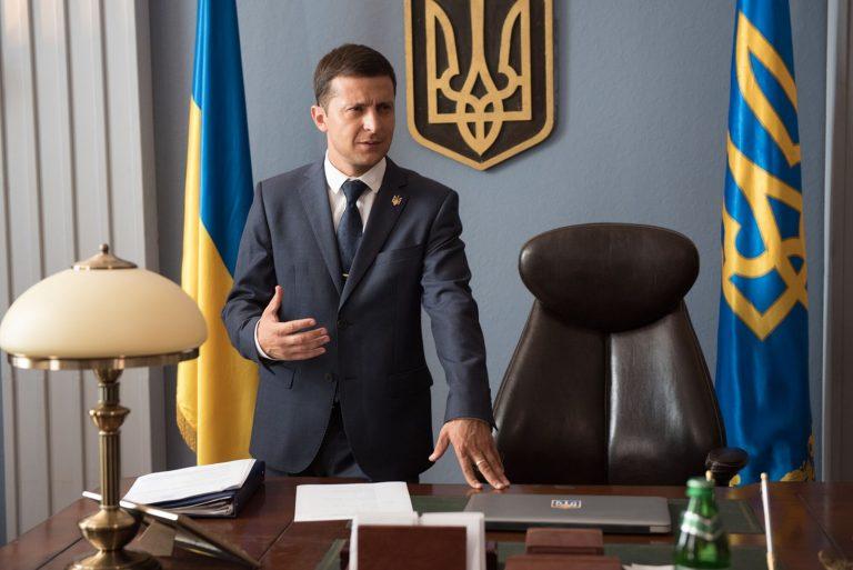"""Räumt Präsident Wolodymyr Selenskyj in und um Kiew wirklich mit der Korruption auf? – """"Dieses Mal können wir nicht scheitern"""" oder Wes Martin sieht einen Neuanfang für die Ukraine"""