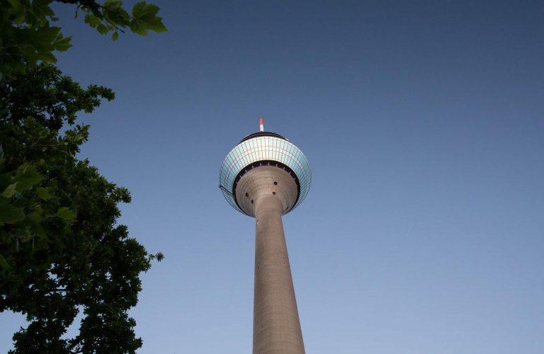 Randale im Rheinbad Düsseldorf – Nafris proben den Aufstand