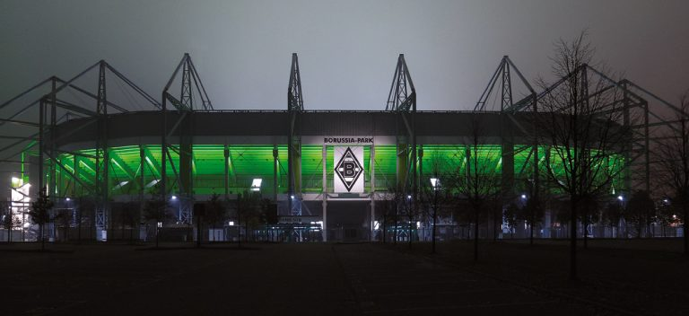 Bensebaini ballert Bayern München im Borussia-Park ab – Borussia Mönchengladbach bleibt Tabellenführer